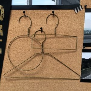 Other - 🔴3 Brass Accessory Display Hangers
